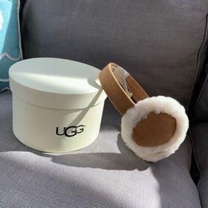 NWT UGG Earmuffs & gift box